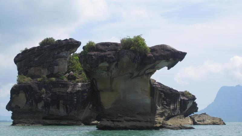 kobra-head-rock