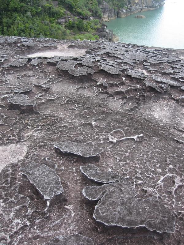 stone-formations-at-telok-pandan-kecil-beach