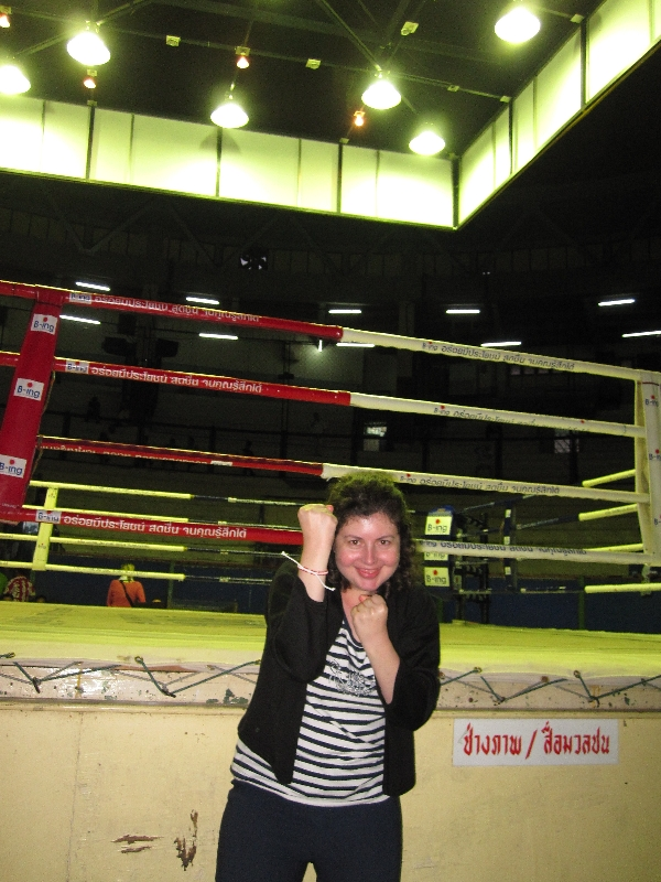 sonia-at-thai-boxing
