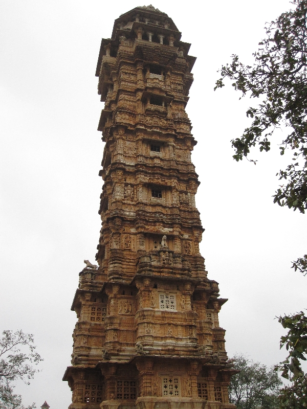 fort-chittor-temple-2