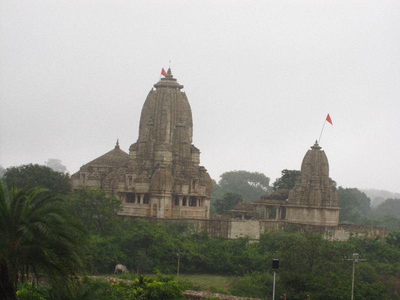 fort-chittor-temple