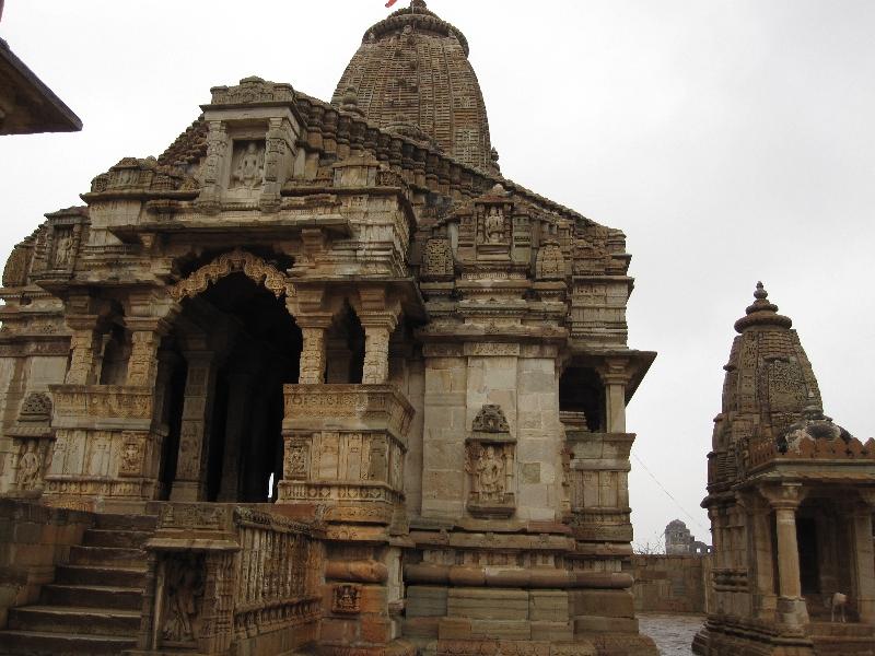 fort-chittor_kumbhaswamin-temple