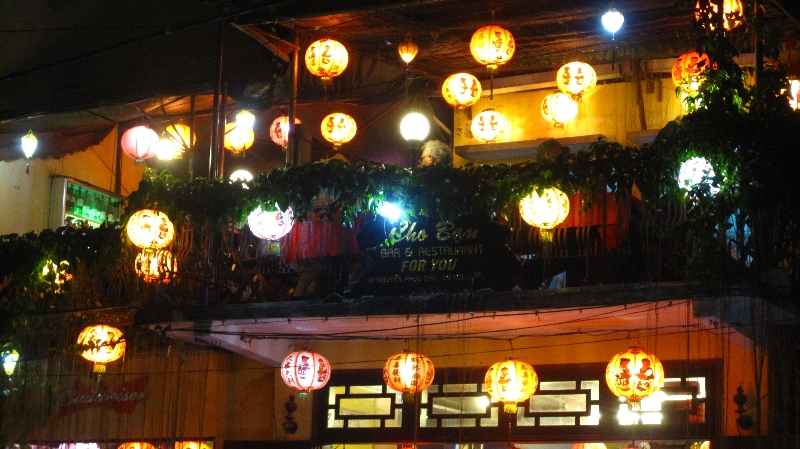 a-typical-restaurant-in-hoi-an