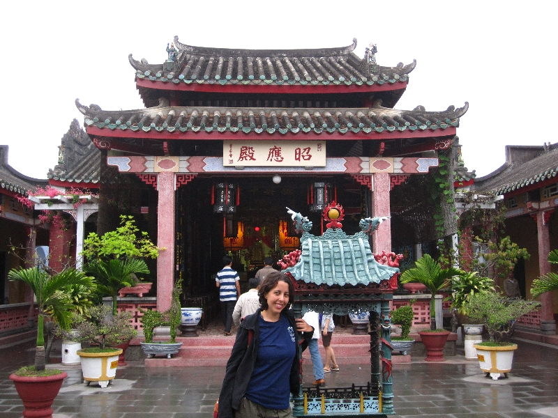 maria-at-trieu-chau-assembly-hall