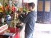taylor-offering-in-tempel-quan-cong