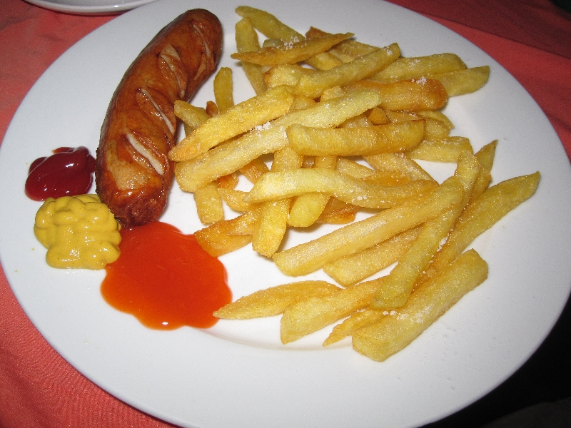 german-bratwurst-at-uschis