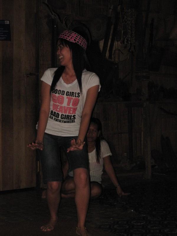 ngajat-dance