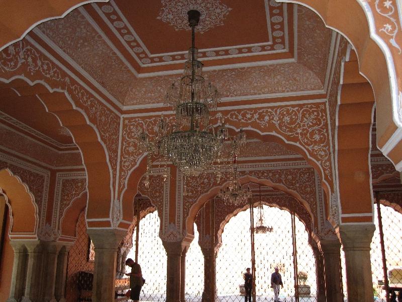 city-palace-diwan-i-khas-inside