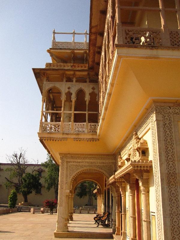 city-palace-mubarak-mahal-2