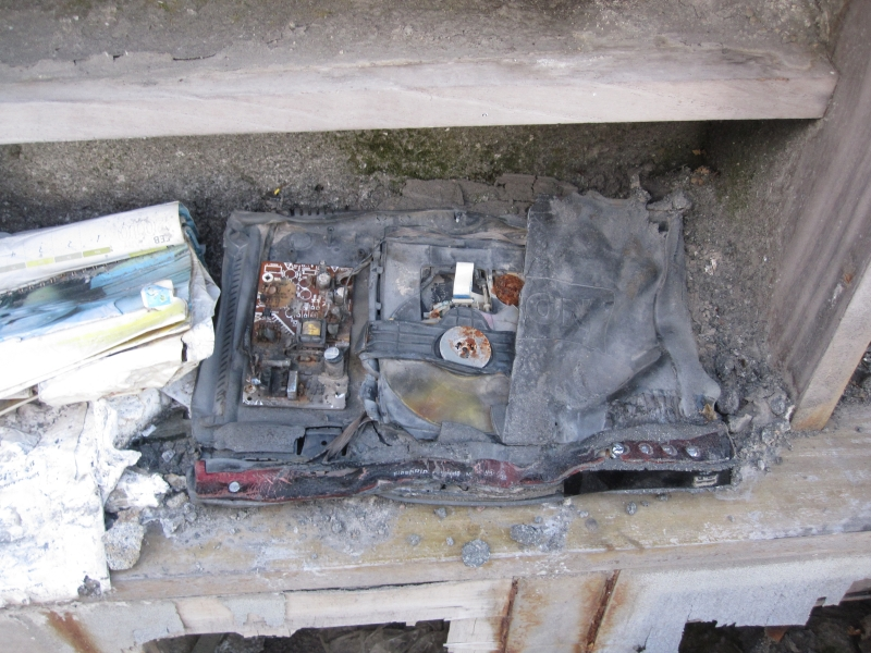 a-dvd-player-destroyed-by-the-vulcan-merapi