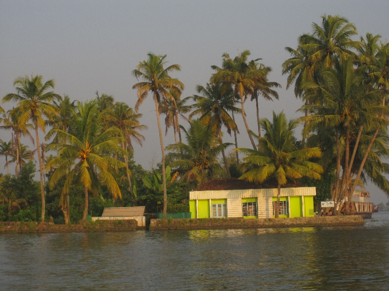 house-at-the-backwaters