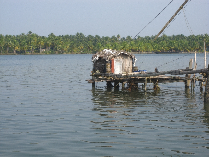 small-house-for-fishermen