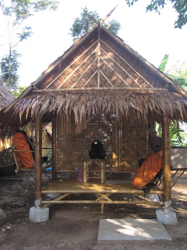 our-bamboo-hut-sunset-pavillon