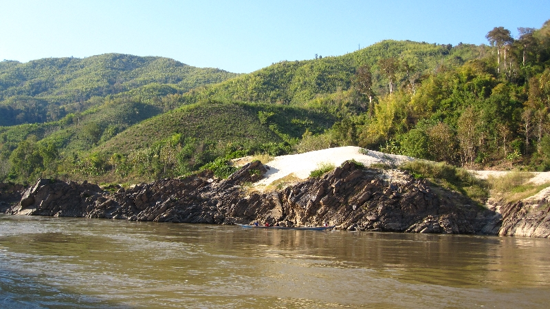 nice-scenery-at-the-mekong-riversite
