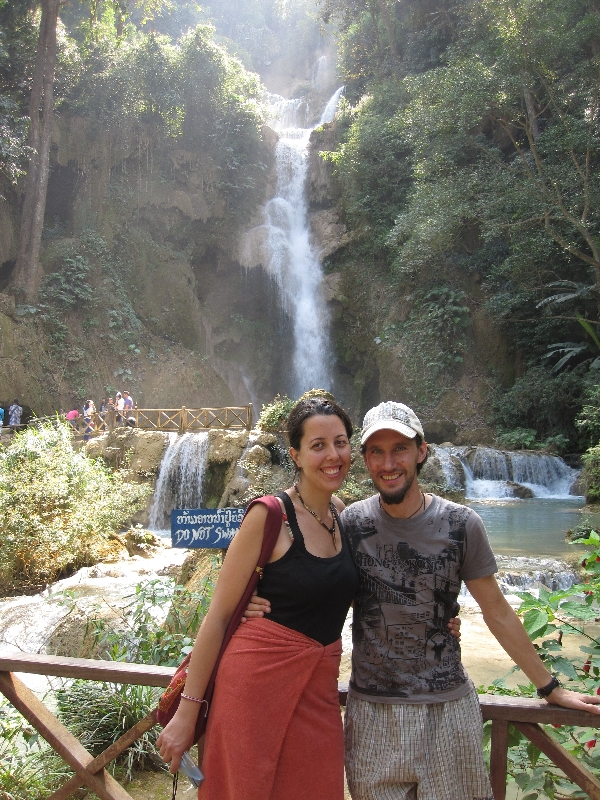 we-in-front-of-tat-kuang-si-waterfalls