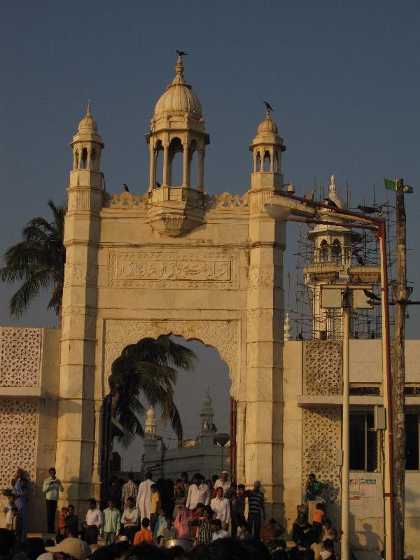 haji-ali-mosque2