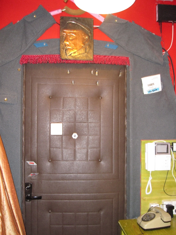 entrance-door-inside