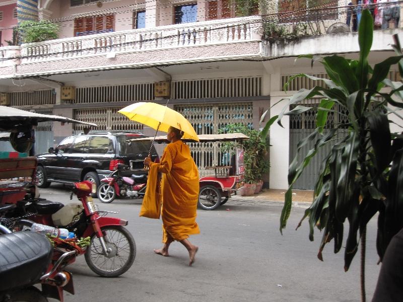 monk-with-umbrella