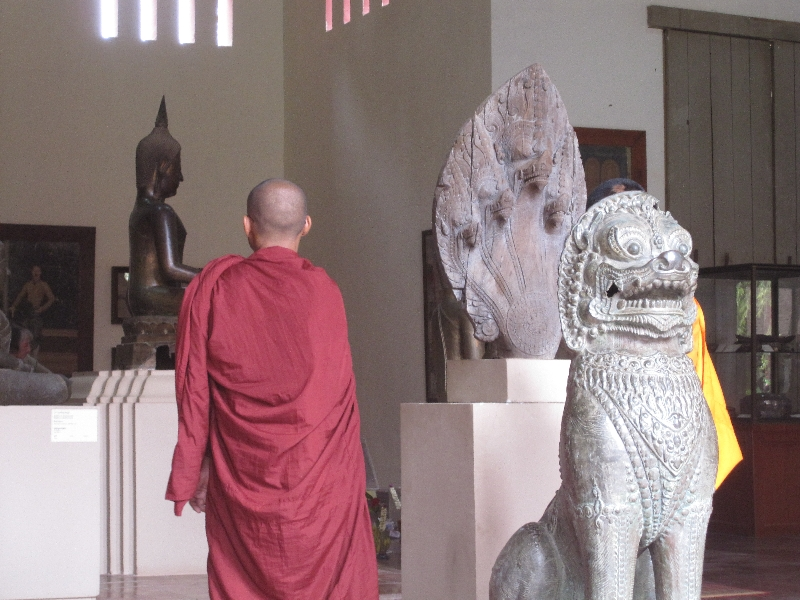 monks-in-the-museum