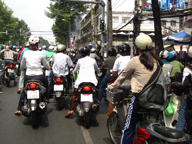 traffic-in-saigon