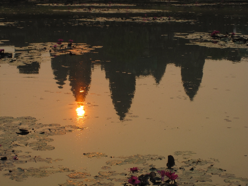 angkor-wat-in-the-sunrise-1