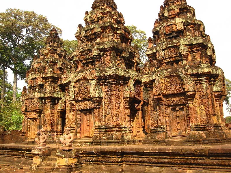 the-front-ofbanteay-srei