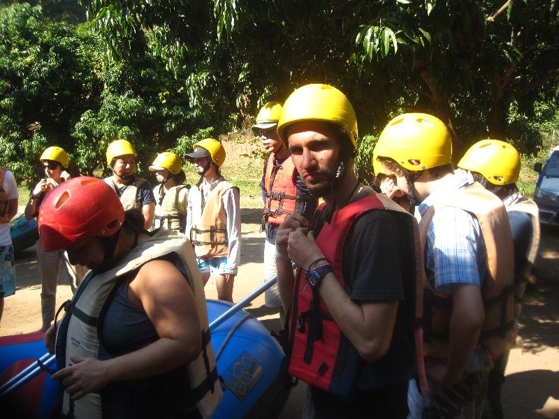 lets-start-the-white-water-rafting