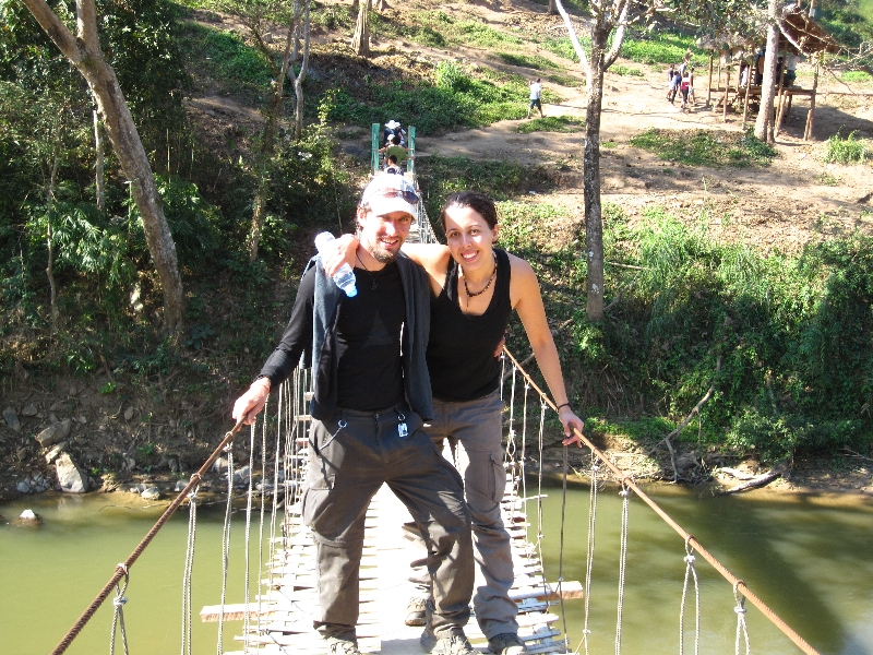 maria-and-bjoern-at-the-rope-bridge