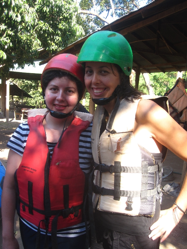 maria-and-sonia-before-the-white-water-rafting