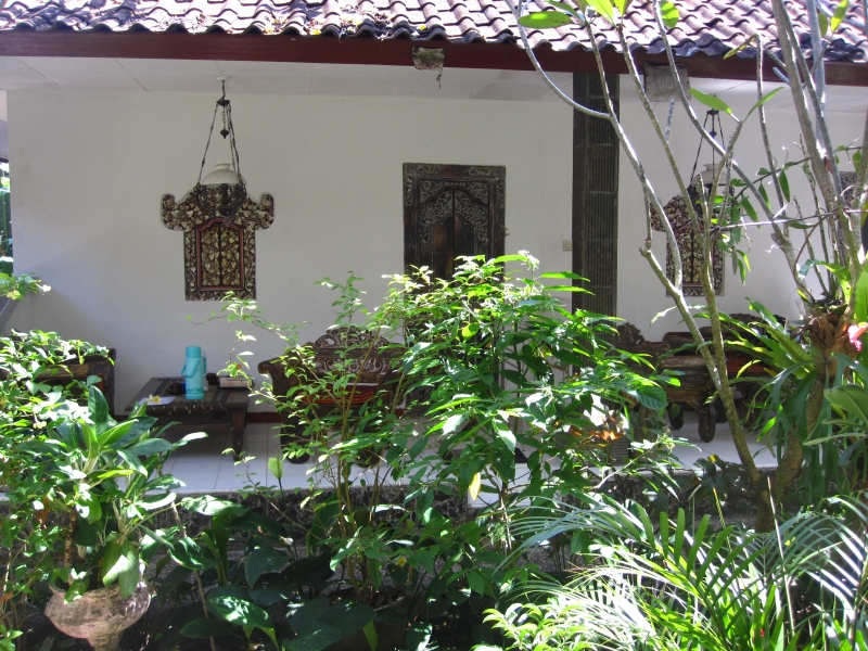 one-of-the-cheapest-guesthouses-ion-ubud-agus-pension