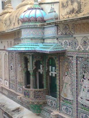 city-palace-inside-3