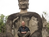 meditating-in-xieng-khuan-buddhaparc