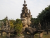 xieng-khuan-buddhaparc-four-armed-statue-2