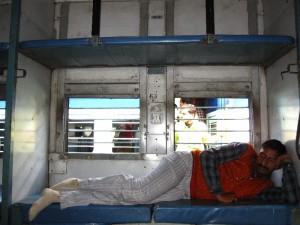 züge nach delhi schlafwagen