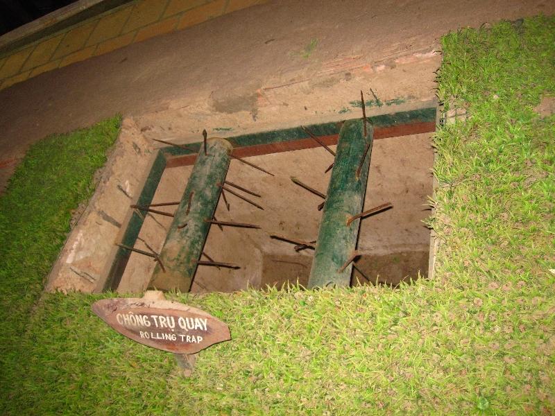 Die Viet-Cong bauten viele verschiedene Fallen während dem Vietnam Krieg