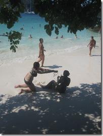 Herrlicher weißer Sand am Strand von Monkey Island