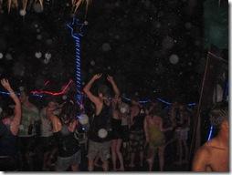 Tanzen am Strand und im Regen