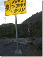 Achtung gefâhrlicher Vulkan