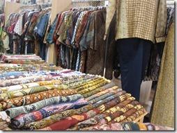 Batik Stoffe in indonesischer Mall in Jakarta