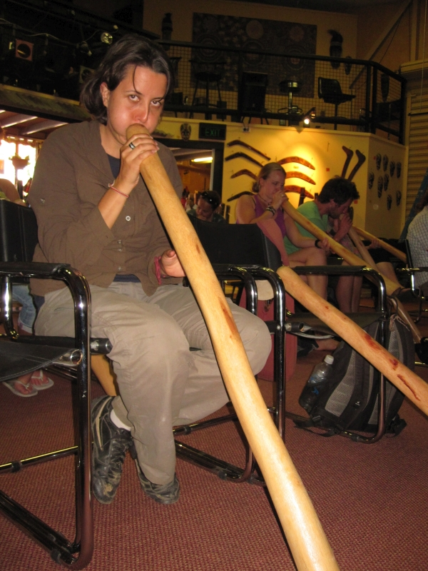 Didgeridoo class in Alice Springs_Road Trip