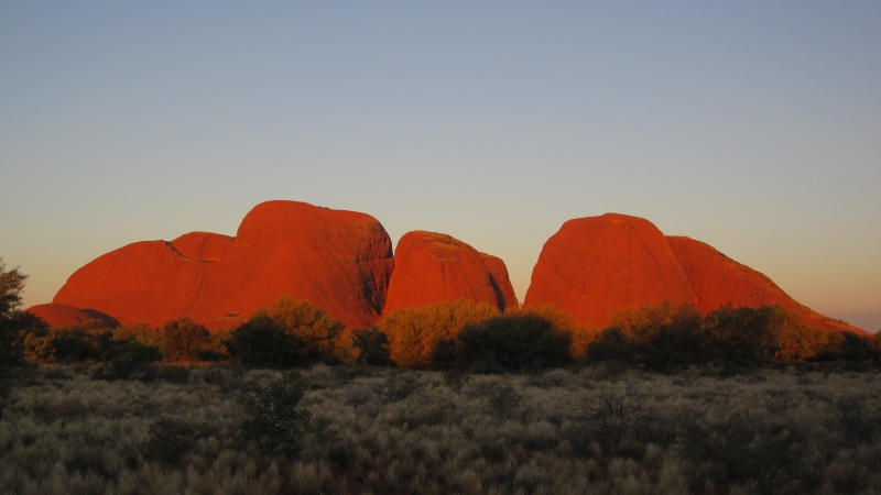 Uluru National Park - Kata Tjuta - Olga in sunset_Road Trip